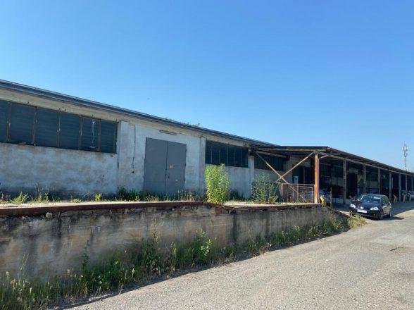476 m2 – magazyn z rampą / hala magazynowa