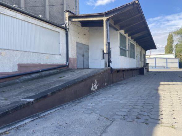 SPRZEDAŻ 7311m²- powierzchnia magazynowa na działce 2,5610 ha w Opolu